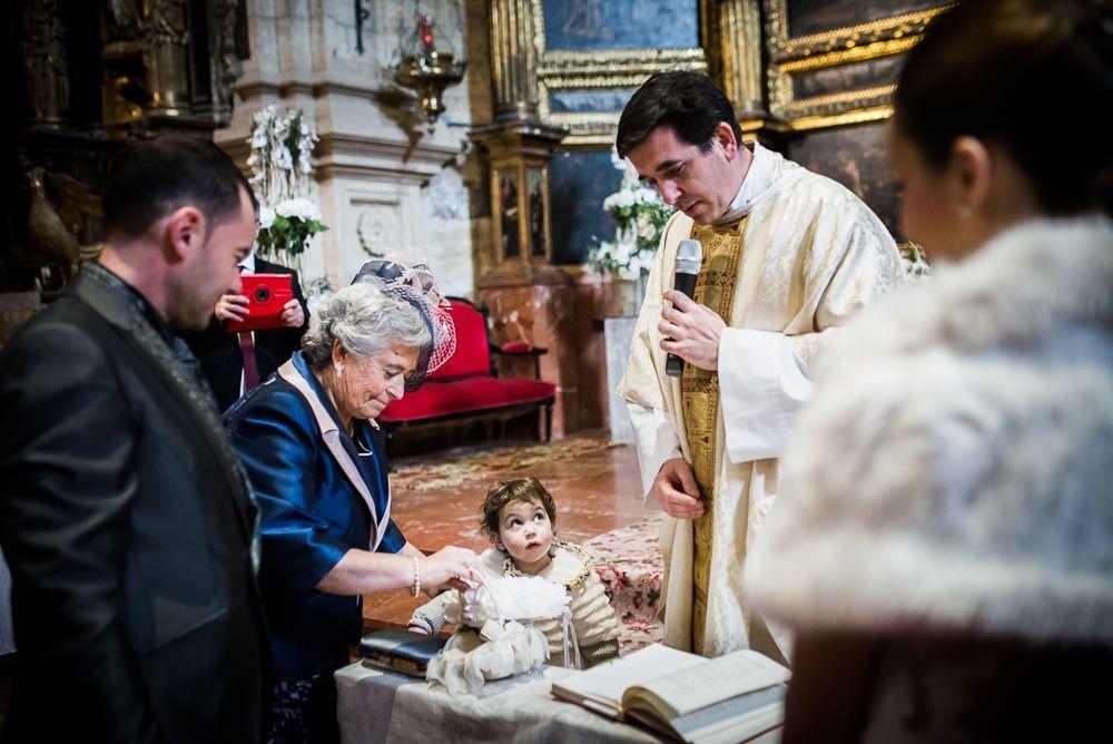 ceremonia boda en iglesia de Cervera del Rio Alhama