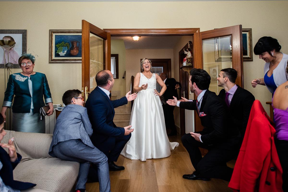 fotografo de bodas divertido en navarra