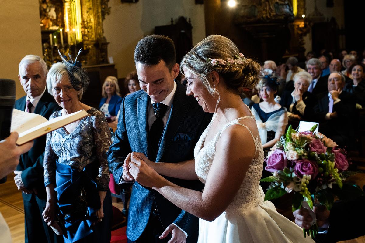 fotografo de bodas en navarra anillos