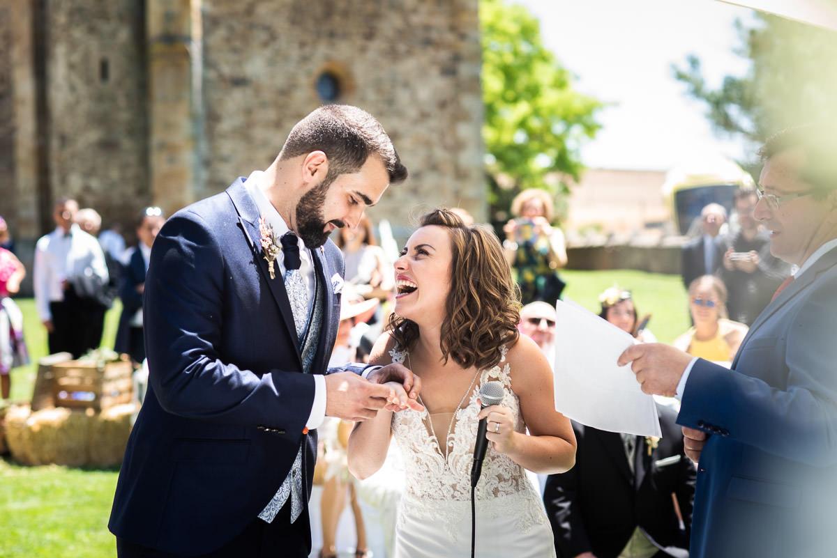 anillos de boda en Casa fuerte san gregorio