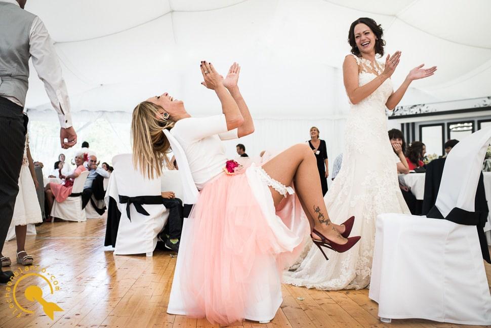 flecha en blanco fotografia de bodas